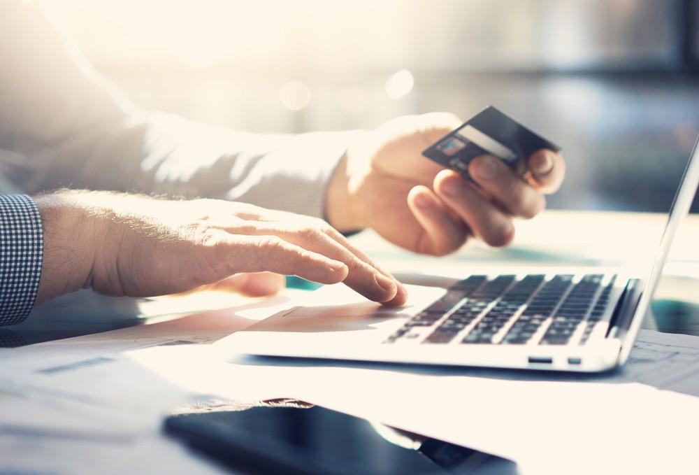 Kredyty online czy pożyczki – co lepsze?